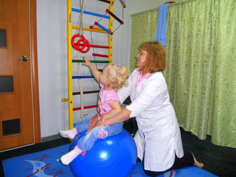 Дітей-осіб з інвалідністю лікують в Центрі здоров'я